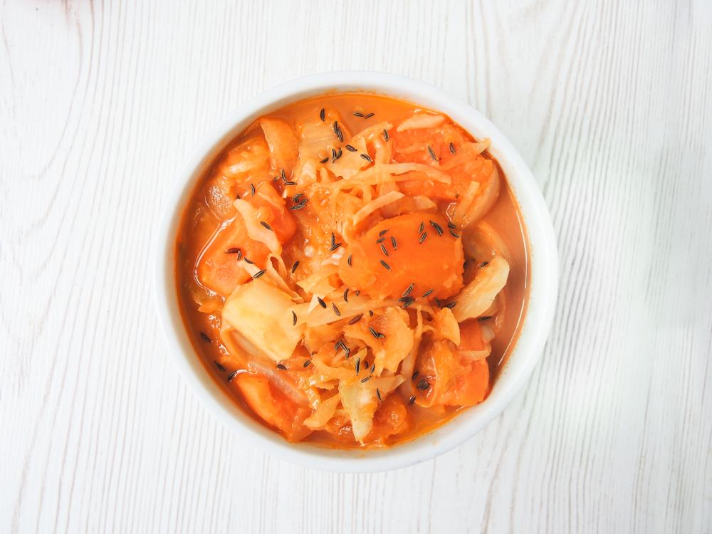 Sauerkraut-Eintopf mit Süßkartoffeln