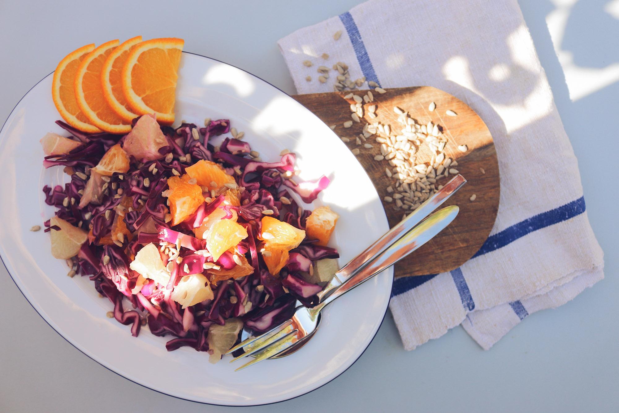 Sommerlicher Rotkrautsalat