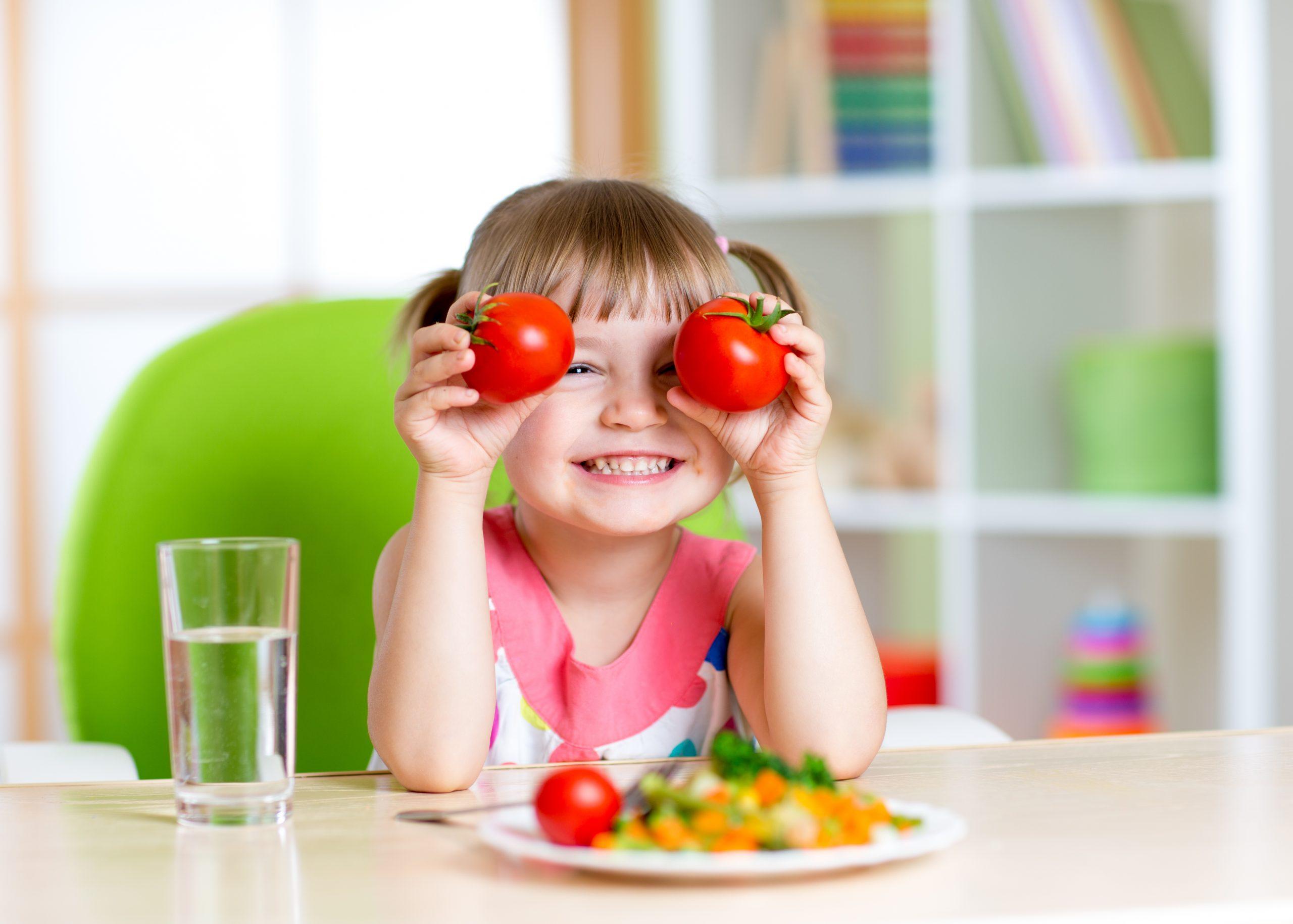 6 Tipps, damit Kinder mehr Gemüse essen